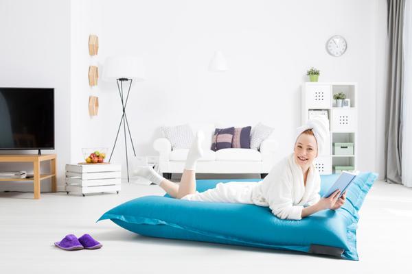 Большая напольная подушка
