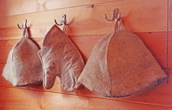Шапки и рукавица для бани