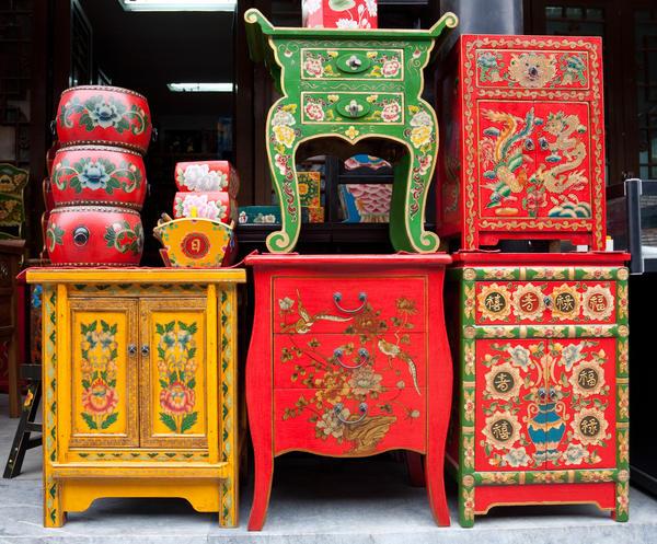 Мебель с росписью в китайском стиле