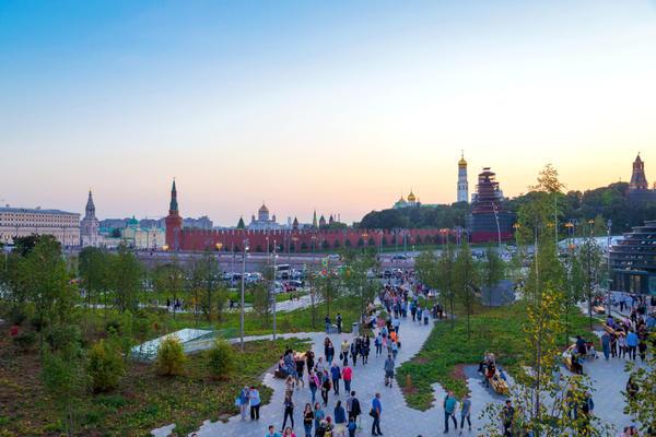 В Москве открылся новый парк - Зарядье