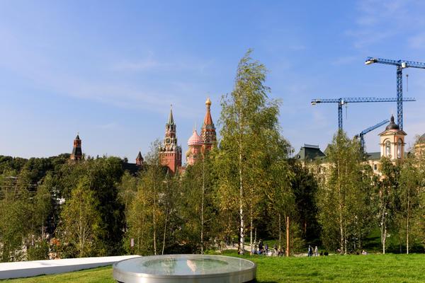 На территории парка высажено 760 деревьев