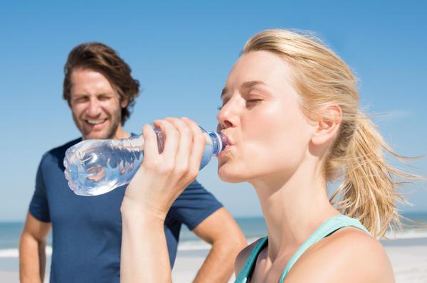 Мы привыкли пользоваться водой в бутылках