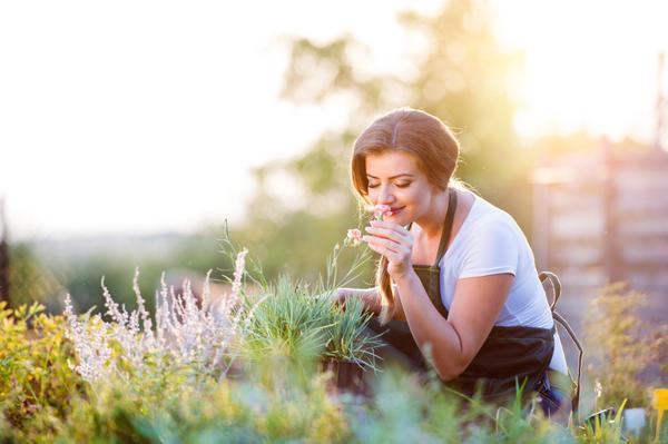 Женщины лучше распознают запахи, чем мужчины
