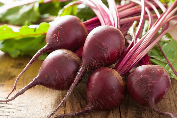 В корнеплодах свеклы содержится масса полезных веществ
