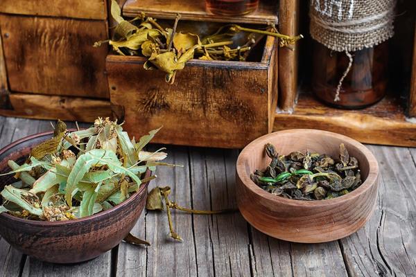 Лекарственные травы тоже могут вызывать аллергические реакции