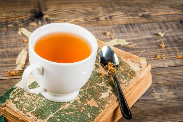 Травяные настои и чаи весьма полезны и обладают приятным вкусом и ароматом