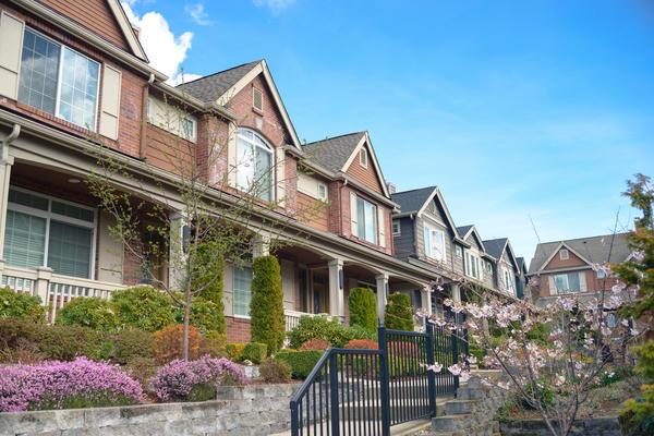 Таунхаус - современный эконом-вариант загородной недвижимости