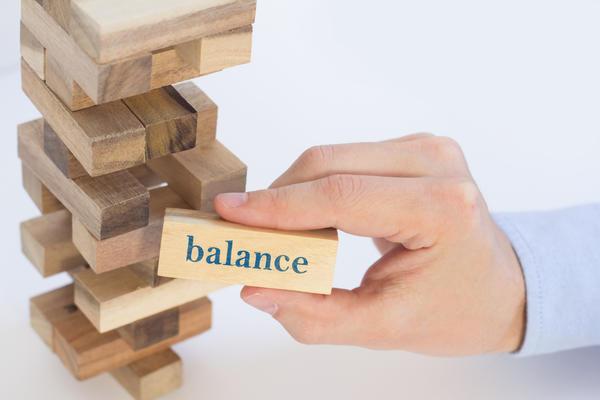 Дженга: аллегория хрупкого баланса мироздания