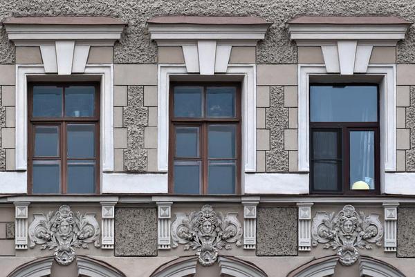 Оштукатуренный фасад. Санкт-Петербург