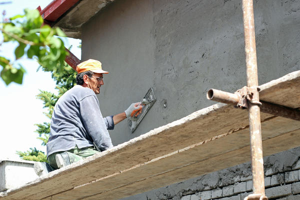 Штукатурка служит для выравнивания и защиты поверхности стены