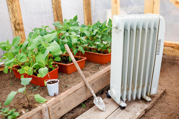 Электрический обогреватель в теплице