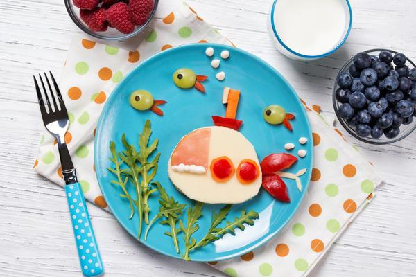 Считается, что такую еду детишки поглощают с большим удовольствием