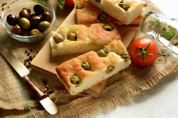 Хлеб фокачча считается предшественником пиццы