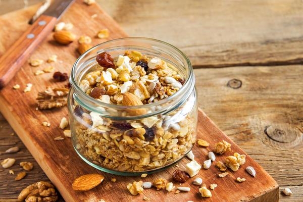 Орехи - незаменимый источник растительных белков и полезных жиров