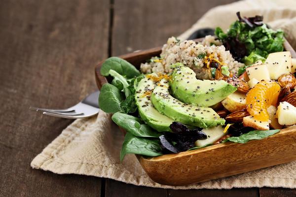 Вегетарианцы не считают свое меню бедным - по их мнению, в мире достаточно еды и без убийства животных