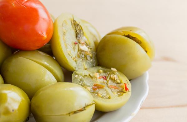 Консервированные зелёные томаты