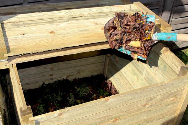 При правильном подходе растительные остатки можно превратить в ценное органическое удобрение