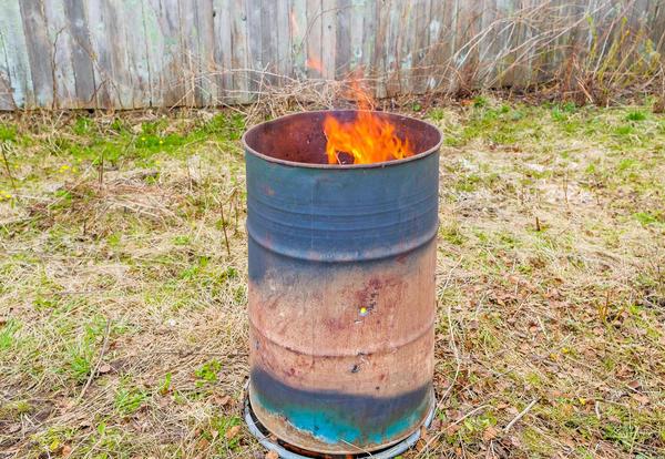 После сжигания растительных остатков останется ценная зола