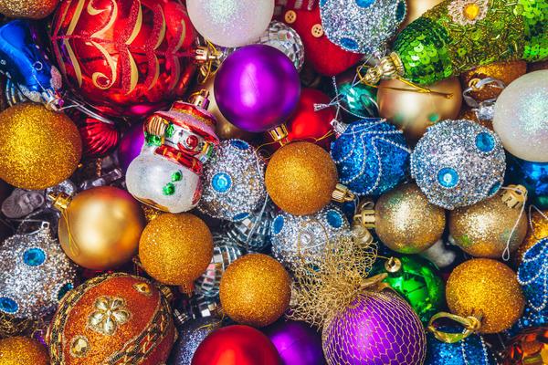 Какой декор подобрать для новогодней елки?