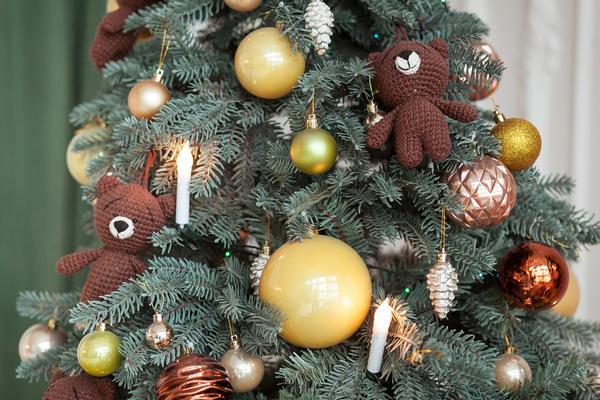 Пора задуматься об украшении елки