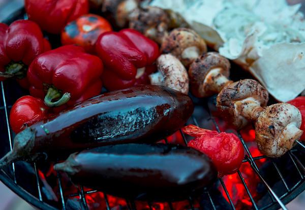 Первые баклажаны готовили в мундирах