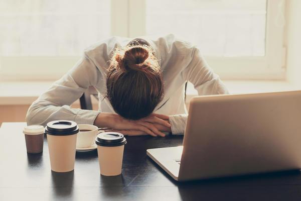 Кофе может снимать головную боль, а может и провоцировать ее