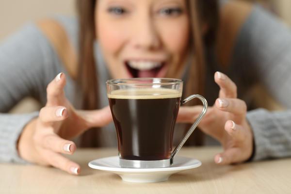 Кофе действительно может вызывать своеобразную зависимость