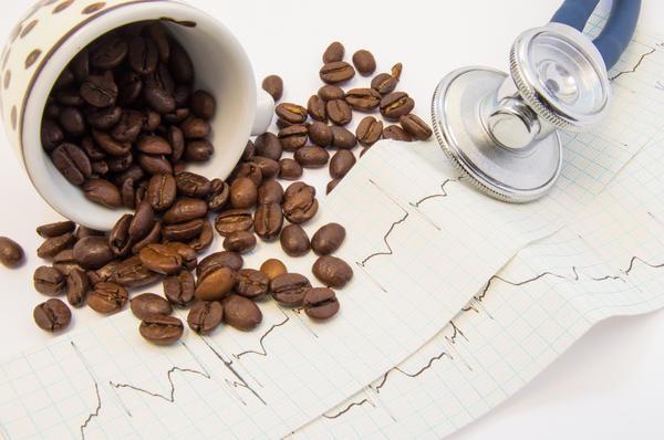 Связь кофе с гипертонией и сердечно-сосудистыми заболеваниями не так очевидна, как принято думать