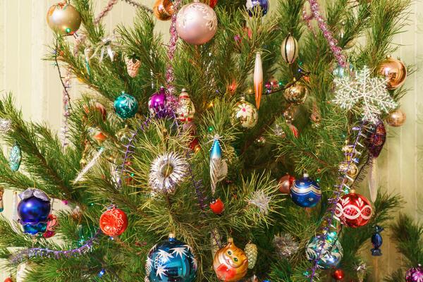 Давайте ждать Новый год, готовить подарки, веселиться и радоваться
