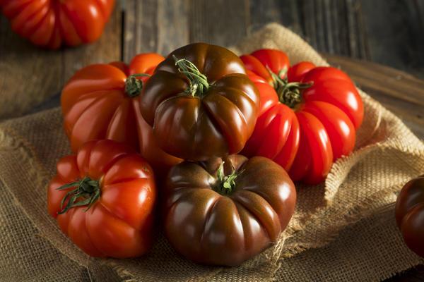 Вырастить крупноплодные томаты по силам каждому огороднику