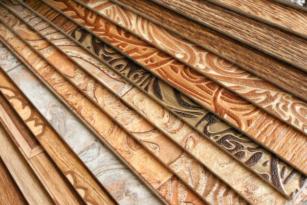 Износостойкий и влагостойкий линолеум является одним из самых популярных напольных покрытий