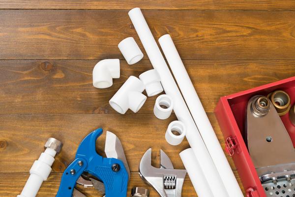 Что можно сделать из таких вот труб? Очень много полезных вещей!