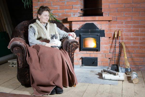 Рано или поздно у каждого дачника возникает потребность нагреть дом в сильные морозы