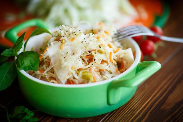 Как приготовить вкусную квашеную капусту?