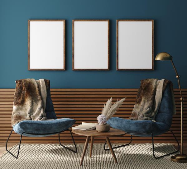 Деревянные рейки или даже вагонка — красивые, недорогие и очень модные материалы для отделки нижней части стен