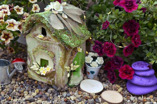 Малые архитектурные формы помогут преобразить ваш цветник
