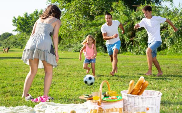 Лето - пора загородного отдыха и пикников на природе