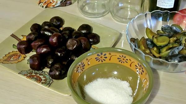 Заготовка из свёклы и сливы - оригинальный салат на зиму