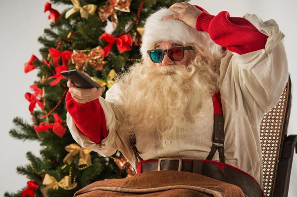 Дед Мороз тоже любит хорошие фильмы