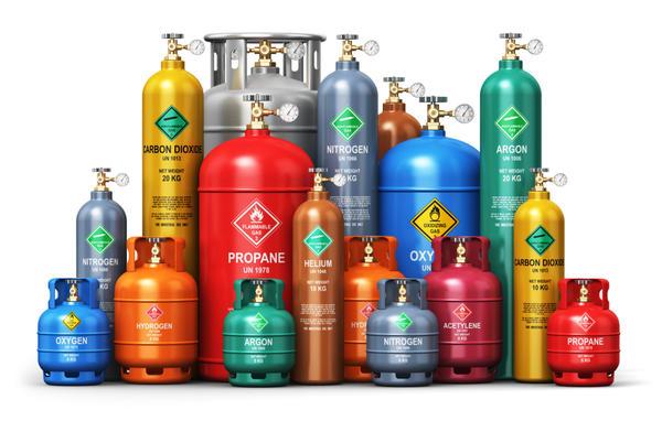 Газовые баллоны разных цветов