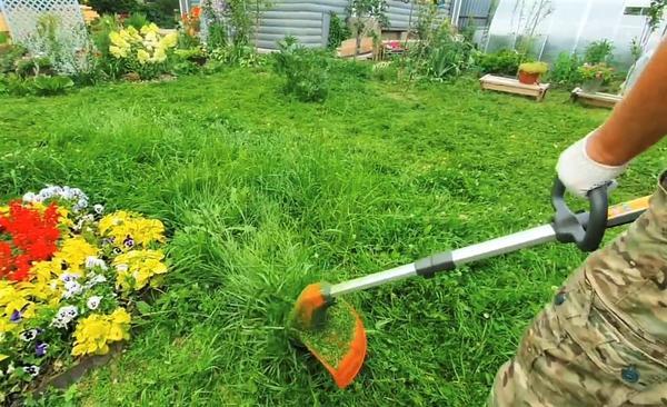Аккумуляторный триммер - универсальный инструмент для стрижки газона