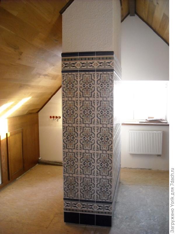Мансарда Это декорированные воздуховоды. Слева будет кухонный уголок