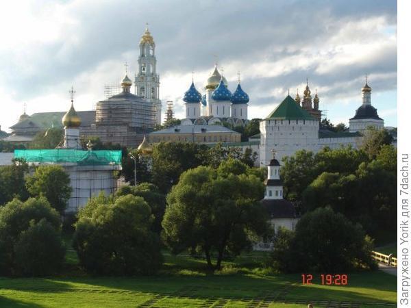 Троице Сергиевская Лавра, проезжаю каждый день мимо