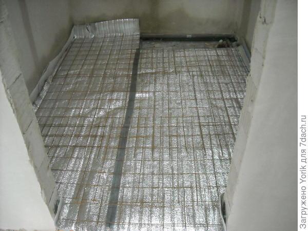 Подготовленная поверхность для укладки теплого пола