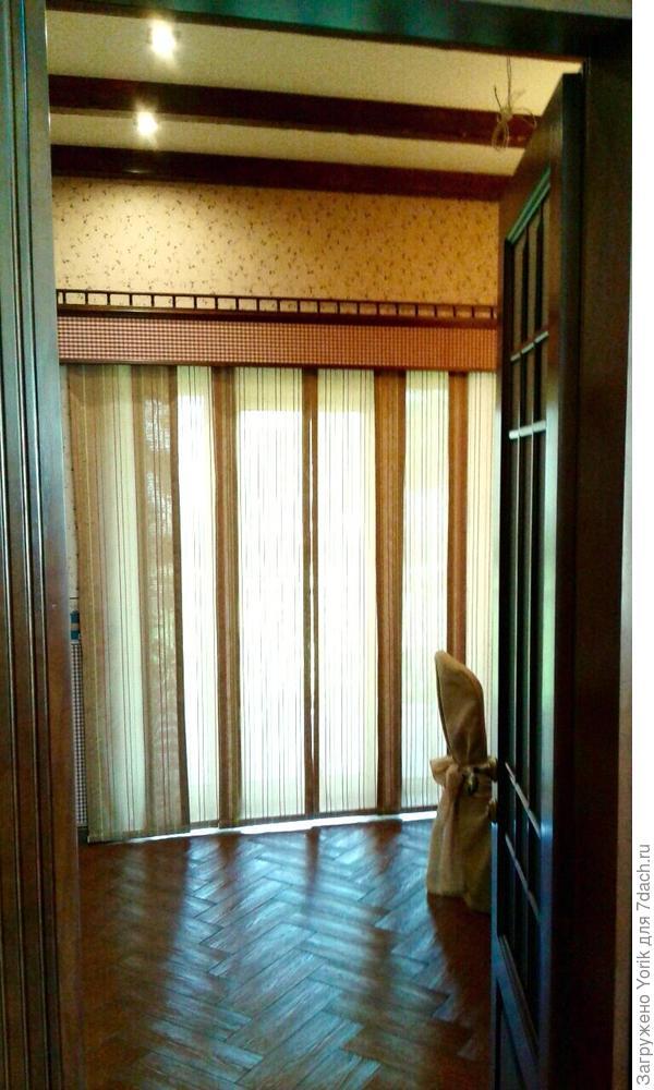 """""""Тёплый пол"""" сдвинут вплотную к окну, отступ от стен  1 метр. Но, у нас уже была черновая расстановка мебели."""