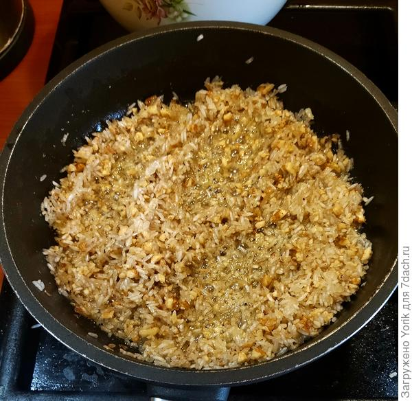 Летний салат с дыней и креветками - пошаговый рецепт приготовления с фото