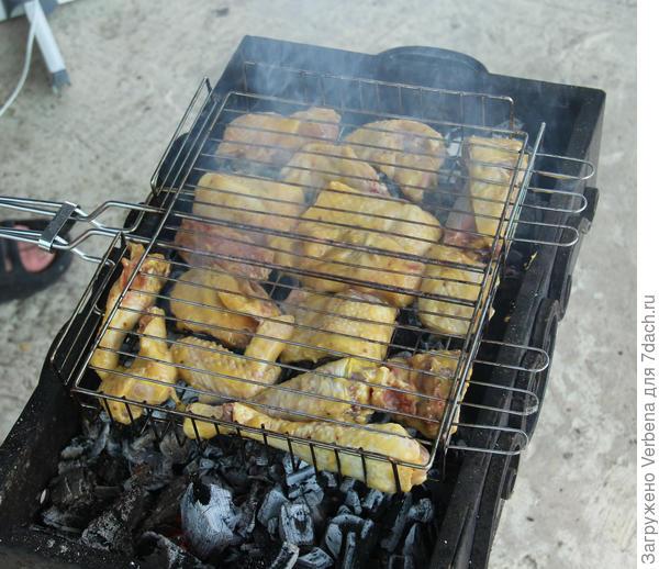 Шашлычок из курицы с - Махеевъ