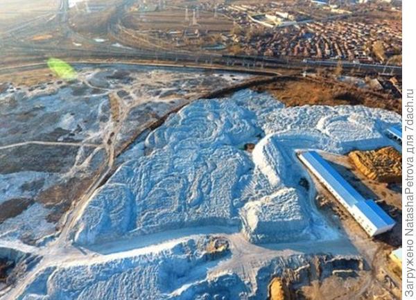 Химический завод Qihua Group. Фото с сайта dailymail.co.uk
