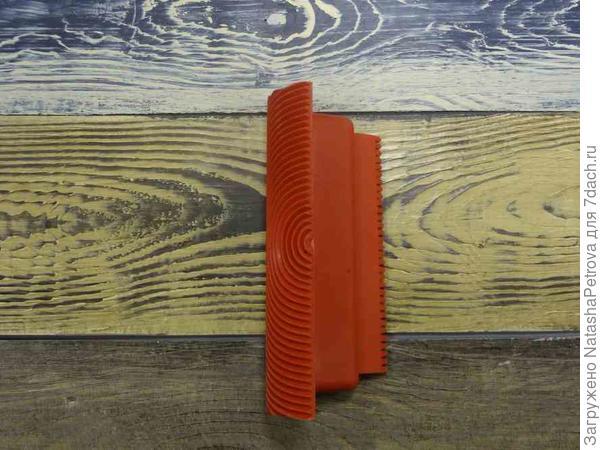 Шпатель-штамп с текстурой дерева. Фото из интернета