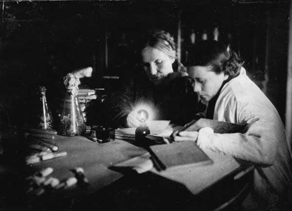 Научная работа в Ботаническом саду не прекращалась в блокаду. Фото из архива Ботанического сада http://botsad-spb.com